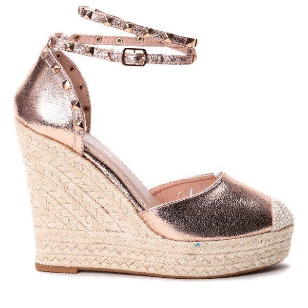 9212ee95 Różowe sandały na koturnie - Obuwie - Różowy   Royalfashion.pl ...