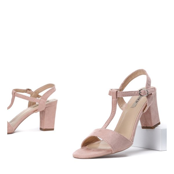 24c7838bc4e52a Różowe sandały na średnim słupku Rogelia - Obuwie - Różowy ...