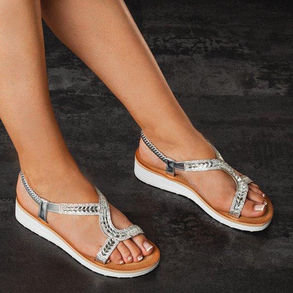 225d33eb Kliknij, aby powiększyć · Srebrne sandały na platformie z cyrkoniami  Slevian - Obuwie Kliknij, aby powiększyć. 1