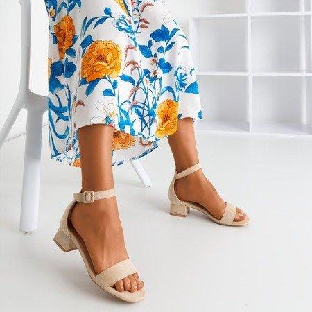 Beżowe sandały na niskim obcasie Torita - Obuwie