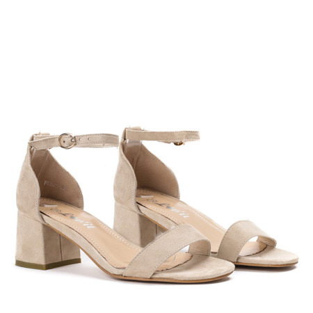 Beżowe sandały na niskim słupku Roxeta - Obuwie