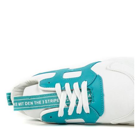 Białe buty sportowe z niebieskimi wstawkami Polerine - Obuwie