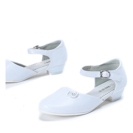 Białe dziewczęce pantofelki Aliss - Obuwie