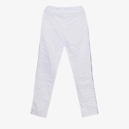 Białe spodnie dresowe z lampasami - Odzież