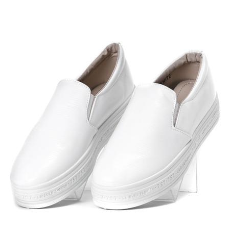 Białe tenisówki slip on na platformie Milly - Obuwie