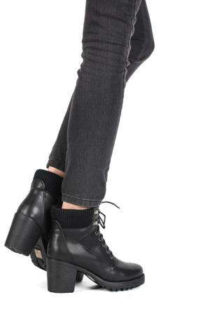Czarne botki na Słupku - Obuwie