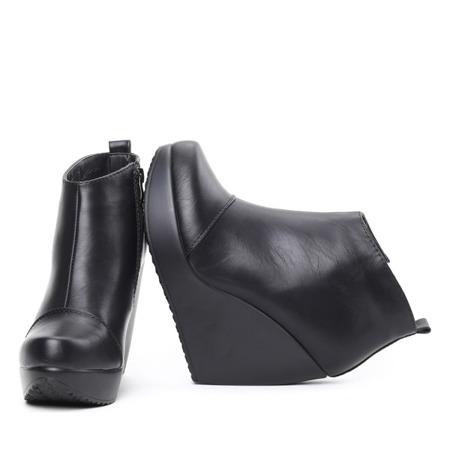 Czarne botki na koturnie Koiene - Obuwie