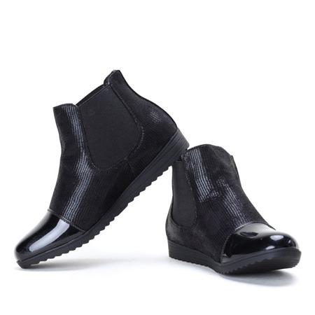 Czarne botki z lakierowanym noskiem  - Obuwie