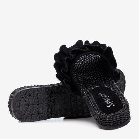 Czarne damskie klapki z falbanką Rafela - Obuwie