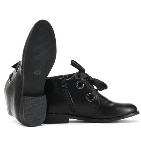 Czarne, krótkie botki ze wstążką - Obuwie