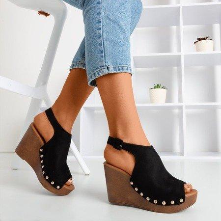 Czarne sandały damskie na koturnie Izida - Obuwie