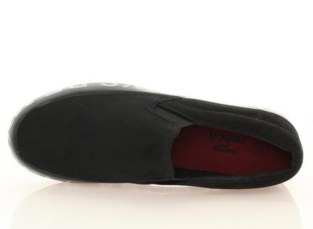 Czarne slip on - Obuwie