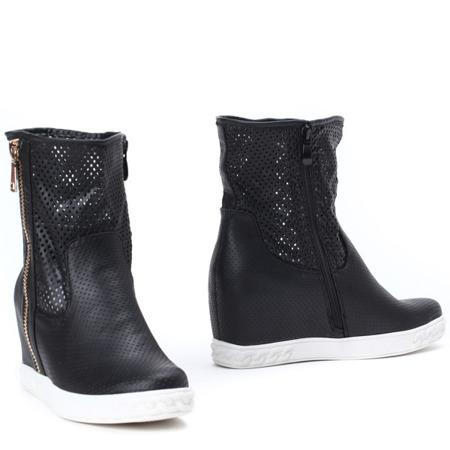 Czarne sneakersy na krytym koturnie Jayla - Obuwie