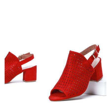 Czerwone ażurowe sandały na słupku Farrell - Obuwie