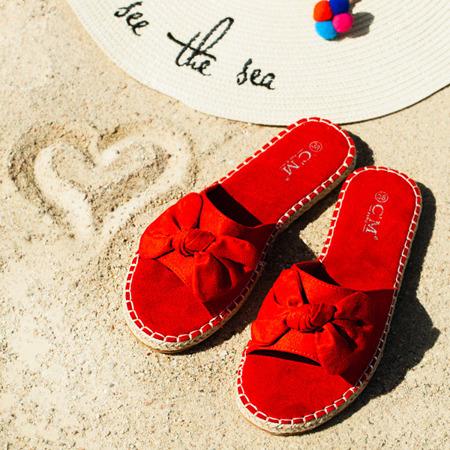 Czerwone klapki z kokardką Albba - Obuwie