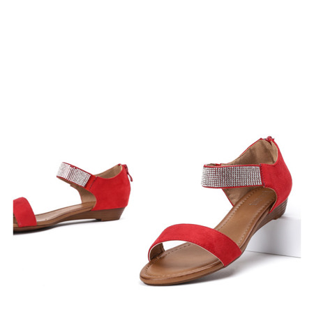 Czerwone sandały na niskiej koturnie Acellia - Obuwie