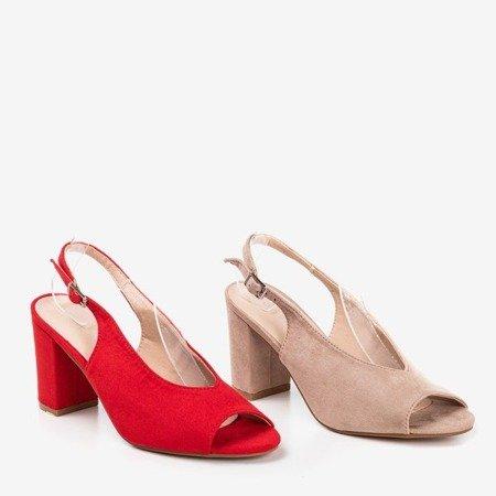 Czerwone sandały na wyższym słupku Indimida - Obuwie