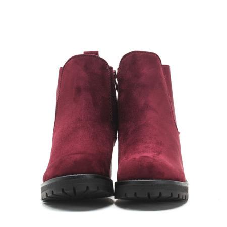 Czerwone zamszowe botki  - Obuwie