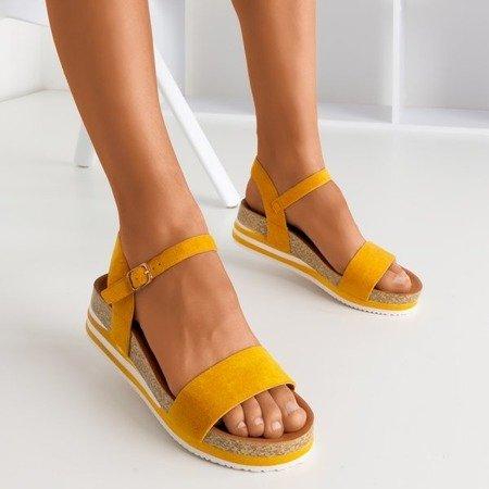 Musztardowe sandały na platformie Kalifa - Obuwie