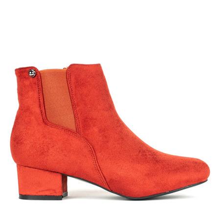 Pomarańczowo - czerwone botki na niskim słupku Relene - Obuwie