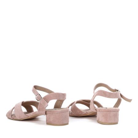 Różowe sandały na niskim słupku Sana - Obuwie
