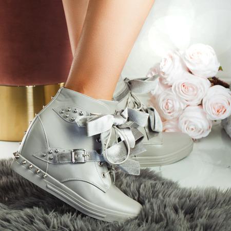 Szare sneakersy z ćwiekami Levi - Obuwie