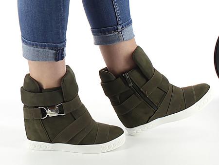 Zielone sneakersy na krytym koturnie z ozdobnymi paskami Petiena - Obuwie