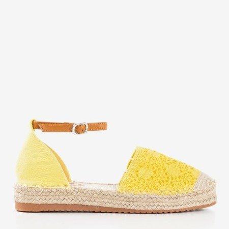 Żółte espadryle z ażurową cholewką Asti - Obuwie