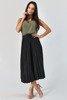 Czarna plisowana spódnica midi z paskem - Odzież
